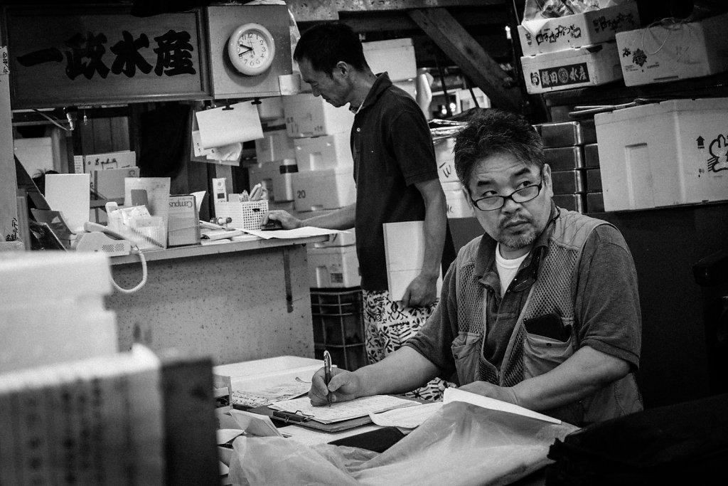 Fish-Market-13.jpg