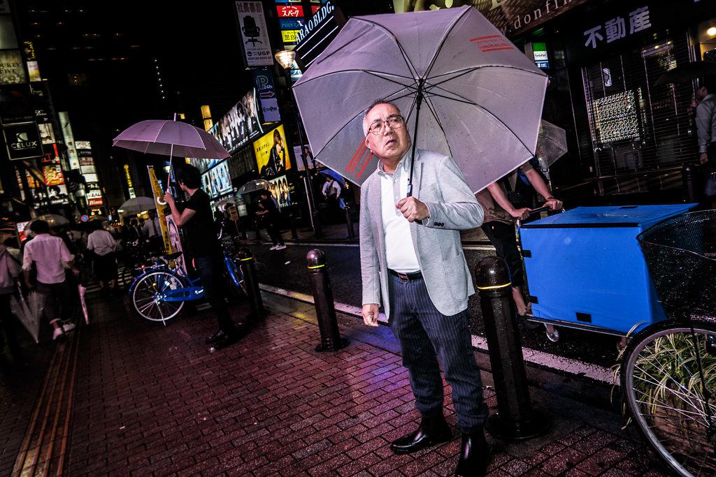Tokyo-in-Rain-32.jpg